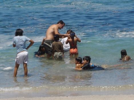 6. Teaching kids to snorkel